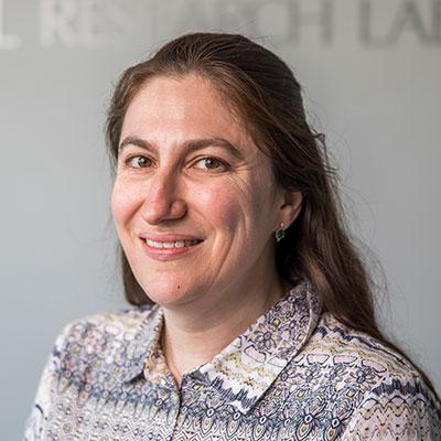 Dr Amanda Henry