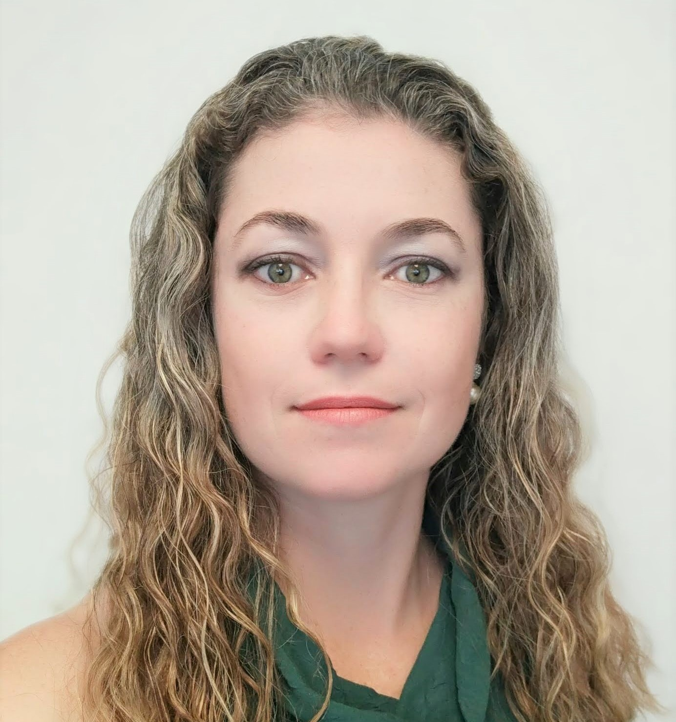 Dr Nadia Amorim